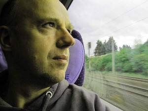 300-author-train